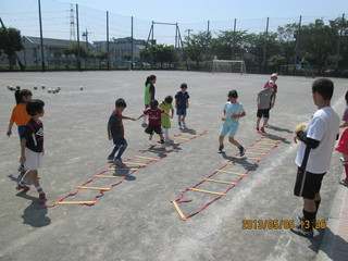 006 2013.5.5(日)通常練習 あざみ野第一小G 06.JPG