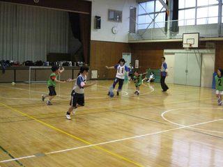 009 2011.5.29(日) 雨練(あざみ野第一小体育館) 012.jpg