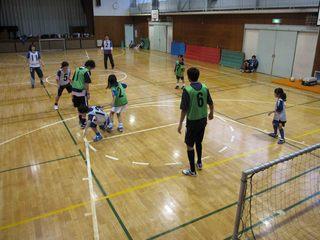 010 2011.5.29(日) 雨練(あざみ野第一小体育館) 013.jpg