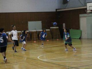 012 2011.5.29(日) 雨練(あざみ野第一小体育館) 018.jpg