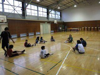 014 2011.5.29(日) 雨練(あざみ野第一小体育館) 020.jpg