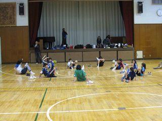 015 2011.5.29(日) 雨練(あざみ野第一小体育館) 021.jpg