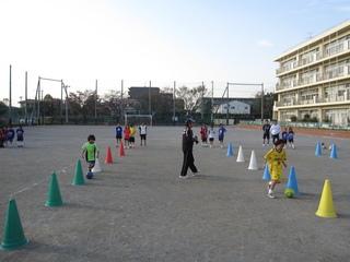 2011.11.23(水・祝) 通常練習 inあざみ野第一小G 007.jpg
