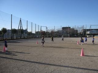 2011.12.11(日) 通常練習 inあざみ野第一小G 004.jpg