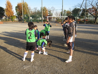 2011.12.11(日) 通常練習 inあざみ野第一小G 007.jpg