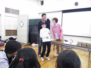 2013.3.31(日) 04 卒団式 あざみ野自治会館.JPG